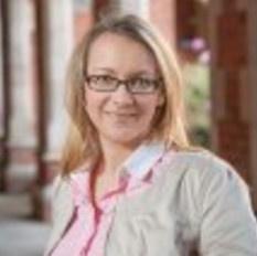 Dr. Yvonne Dombrowski